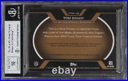 2008 Topps Triple Threads Gold NFL Shield Tom Brady PATCH AUTO 1/3 BGS 8 NM-MT