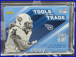 2017 Panini Absolute /10 Derrick Henry Auto SICK Dual TITANS Patches TOTT