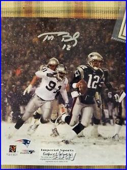 TOM BRADY Autographed 8 x 10 Photo Patriots NFL Hologram & COA 2001 playoffs